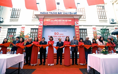An exhibition, themed 90 years of Communist Party - The Historical milestones (3/2/1930 - 3/2/2020), officially opened at The Vietnam National Museum of History